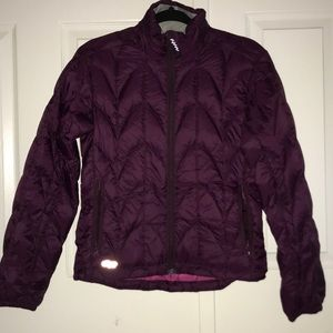 New Outdoor Research Burgundy Puffer Down Jacket